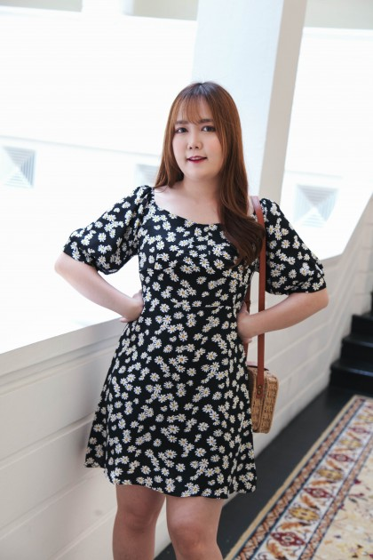 Korea Flower Elastic Back Short Sleeve Chiffon Dress (Black) - BACKORDER ETA 17 AUG