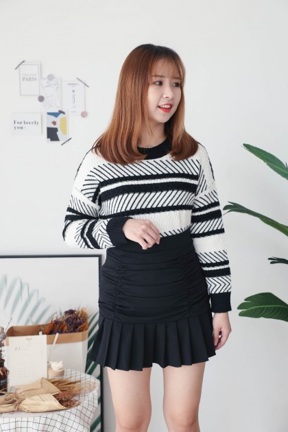 Korea Stripe Long Sleeve Knit Top (Black)