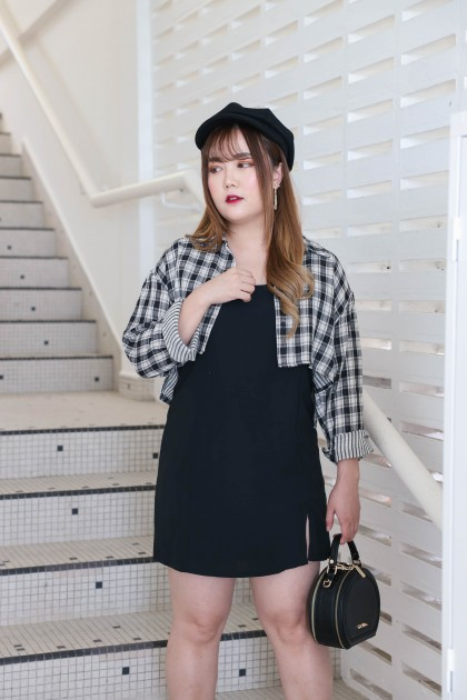 Korea Checks Long Sleeve Blouse + Sleeveless Splited Dress [Set] (Black)